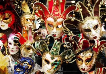 venice-carnival-masks-2019